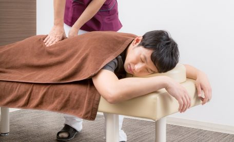 マッサージ 筋肉痛 効果